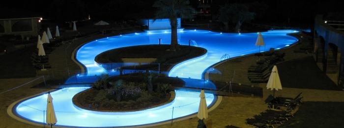 Proyectos subacu ticos iluminaci n led para piscinas y for Iluminacion led para piscinas