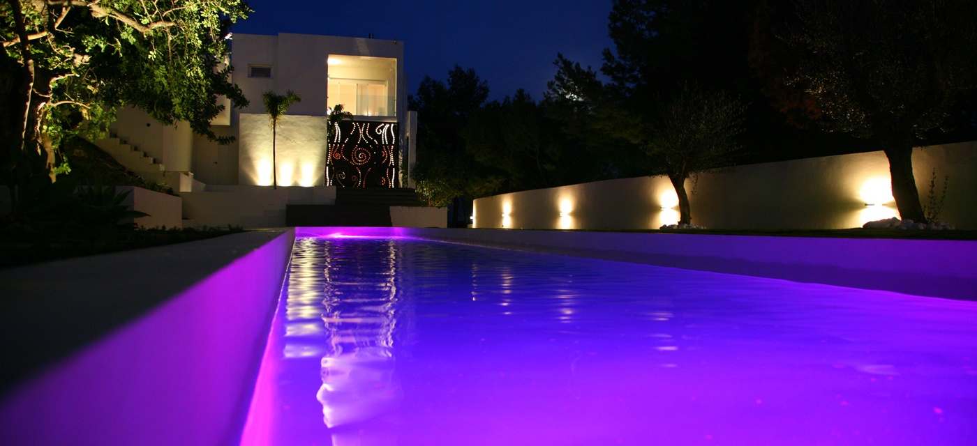 Ignialight piscina privada for Proyecto piscina privada